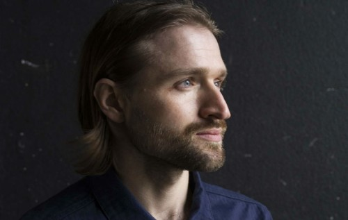 WILD BEASTS'İN SESİ HAYDEN THORPE'TAN İLK TEKLİ