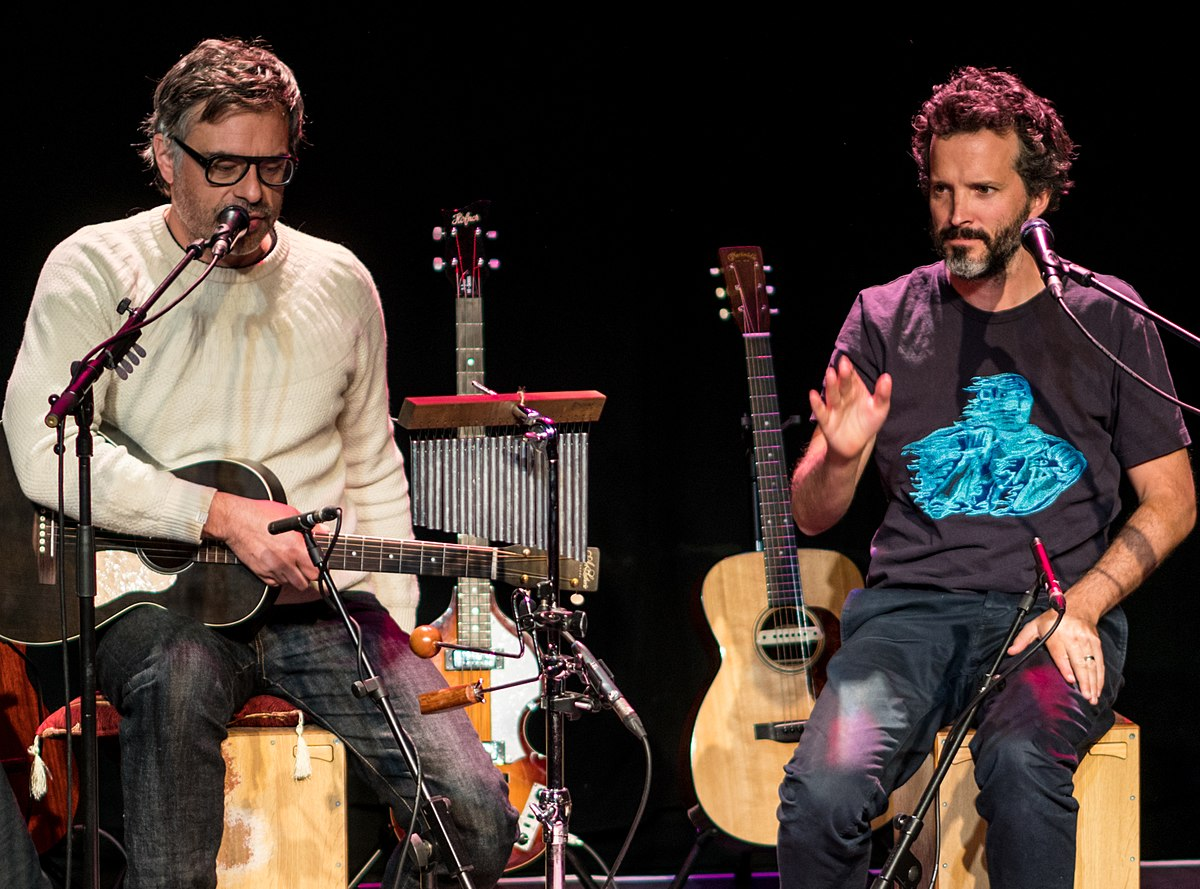 flight of the conchords'ın londra konserini hemen dinleyin