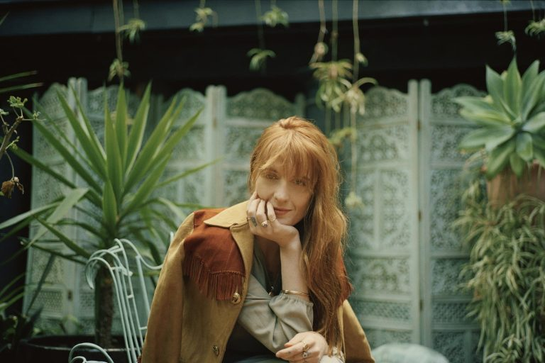 florence + the machine'in game of thrones şarkısı yayında