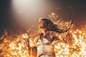 florence + the machine'den ilham verici ve güçlü kadınlar için çalma listesi