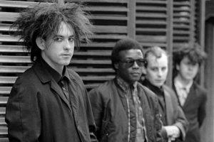 the cure disintegration 30. yıl özel konserini canlı yayınlayacak