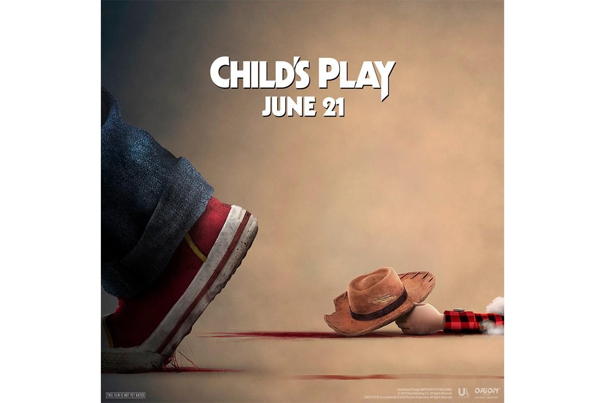 child's play yeni posterinde toy story'yi gözüne kestirdi