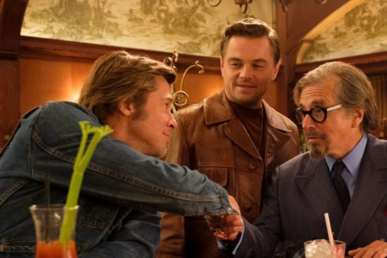 once upon a time in hollywood'dan film içinde film posterleri