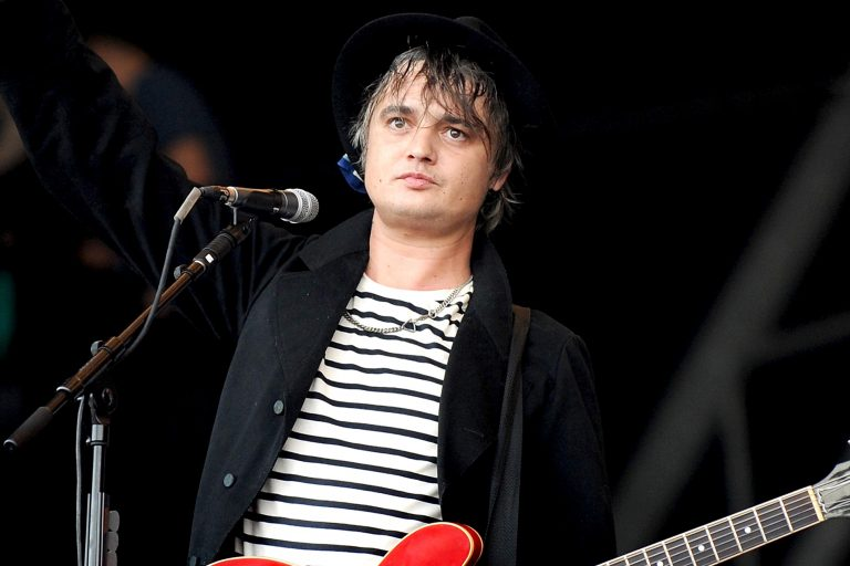pete doherty liam gallagher'a meydan okudu