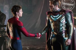 spider-man ve mysterio el ele
