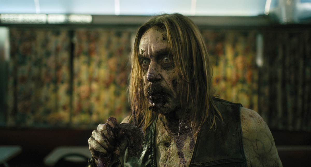 jim jarmusch'un all-star zombi filminden yeni bir sahne