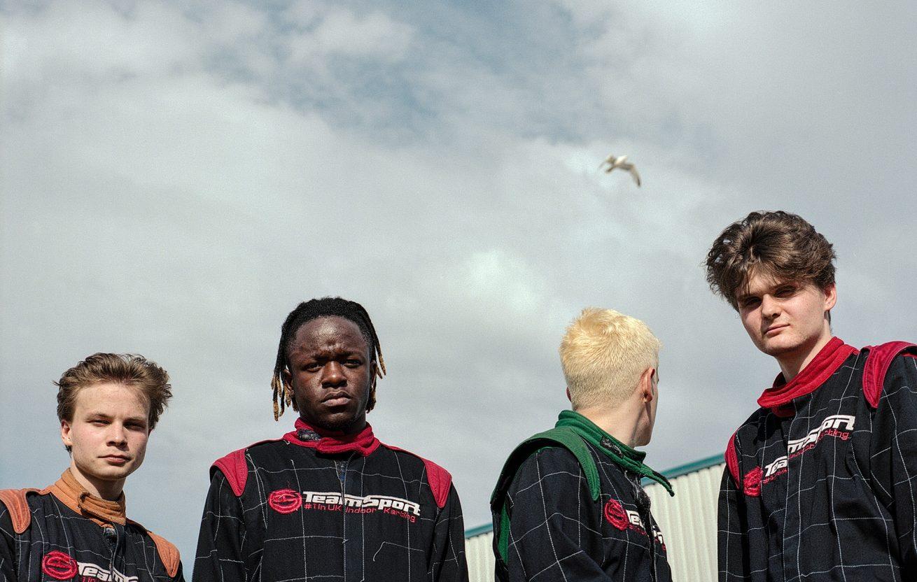 black midi'nin ilk albümüyle güne hızlı başlıyoruz
