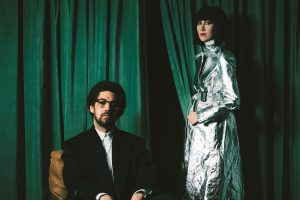 karen o ve danger mouse'tan lou reed – perfect day cover'ı