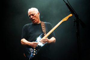 david gilmour'un ikonik stratocaster'ı rekor fiyatla satıldı