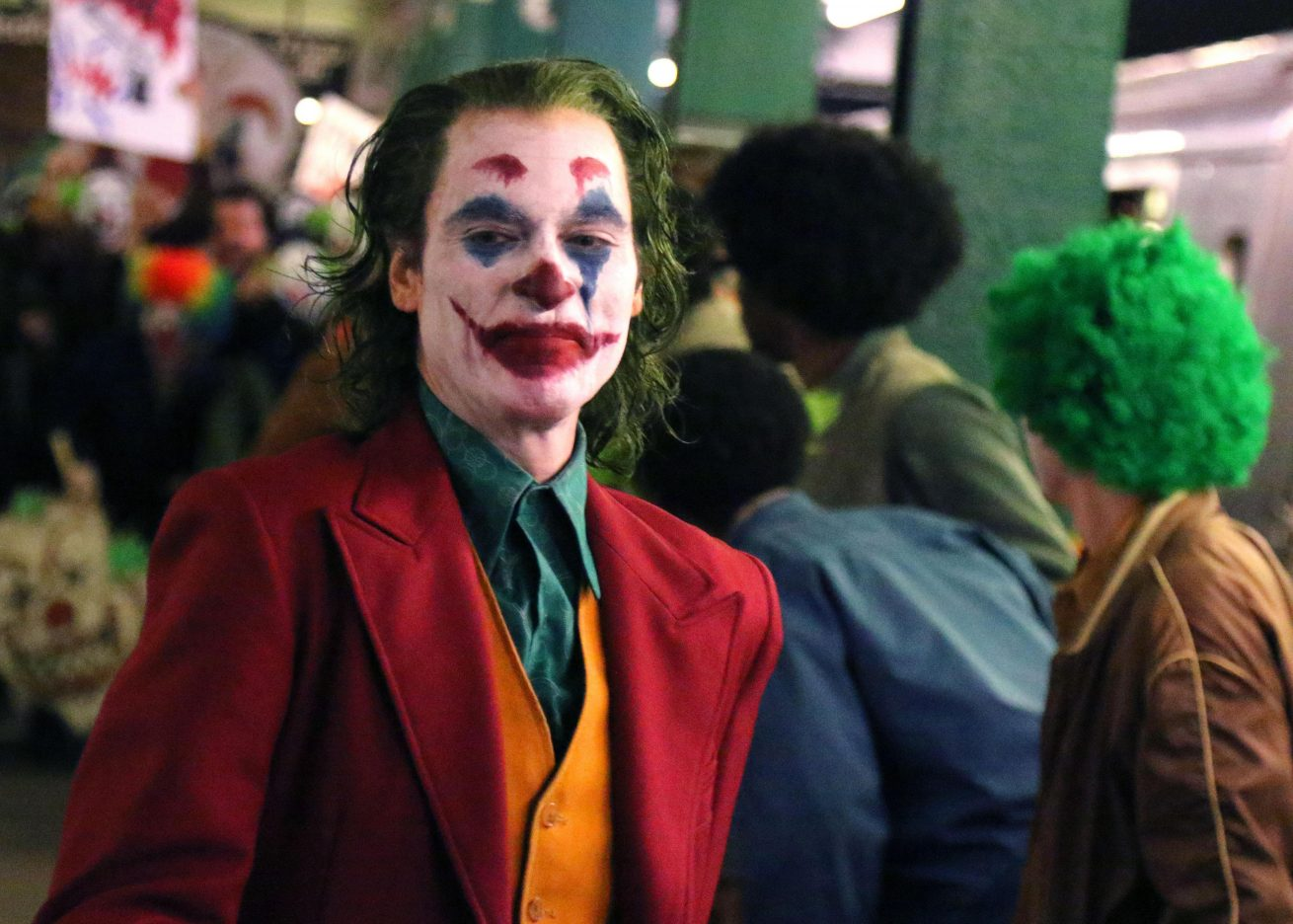 joaquin phoenix'li joker filmi, venedik film festivali'nde en tepede