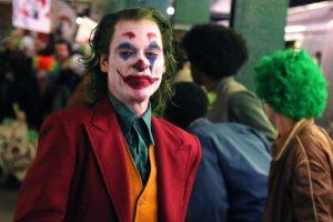 joaquin phoenix'li joker venedik film festivali yolcusu