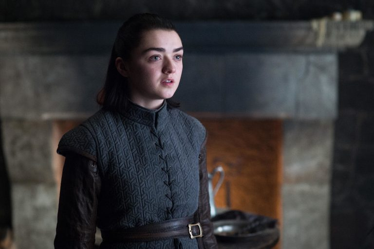 maisie williams two weeks to live ile ekranlara dönüyor