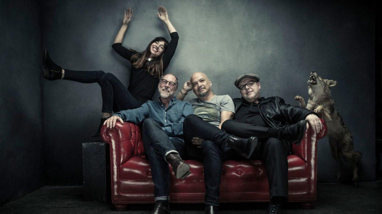 yeni pixies albümü 13 eylül'de beneath the eyrie yayında, ilk tekli burada