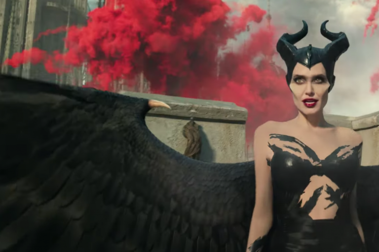 maleficent: mistress of evil'den ilk uzun fragman