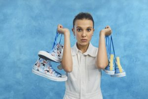 converse'ten stranger things'in eleven'ı millie bobby brown imzalı koleksiyon