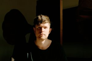 james blake'ten bir adet yeni video var