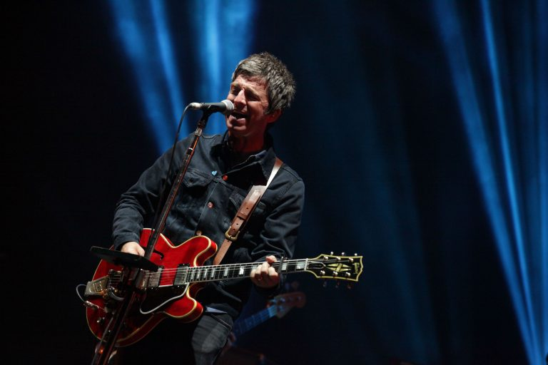 noel gallagher's high flying birds'den yeni ep + tekli var