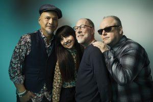 cuma günü bereketi: yeni pixies albümü beneath the eyrie yayında