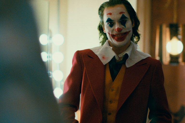 todd phillips, joker'i diğer dc filmlerinden ayrı tutuyor