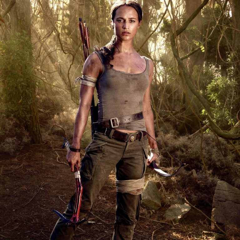 alicia vikander'li ikinci tomb raider filminin vizyon tarihi ve yönetmeni belli oldu