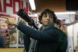 """m. night shyamalan'ın yeni filmi old, """"varoluşsal korku"""" türünde olacak"""