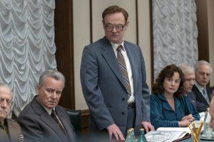 chernobyl dizisinin yaratıcısı craig mazin, karayip korsanları'nı baştan çekecek