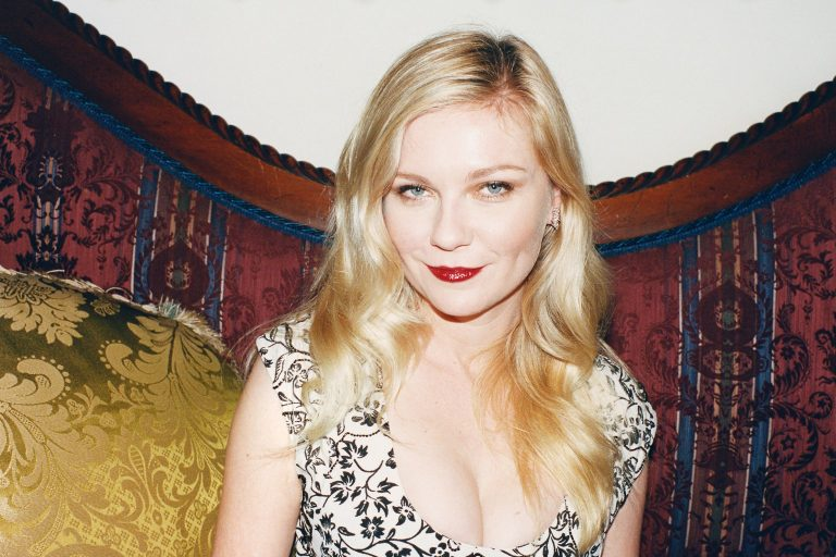 kirsten dunst, the power of the dog'un kadrosunda