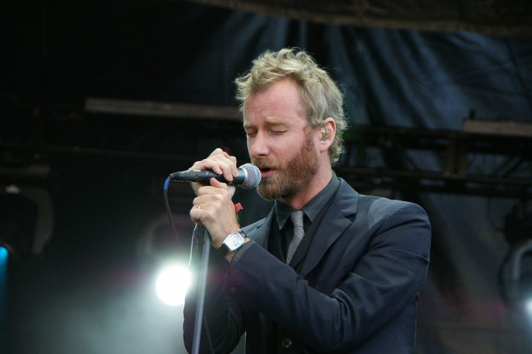 future islands, the national solisti matt berninger'a bir remix hediye etti