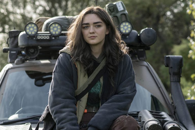 game of thrones'un arya'sı maise williams'lı two weeks to live'den ilk fotoğraf