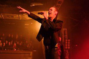bauhaus on üç yıl sonra ilk konseriyle sahnelere döndü