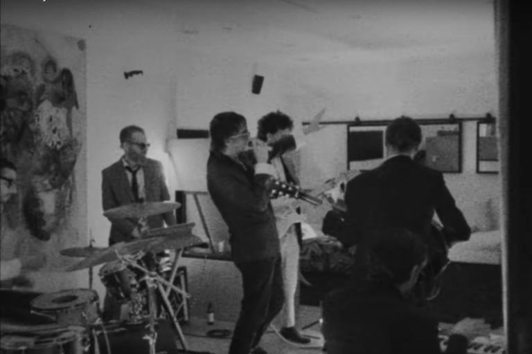 julian casablancas ve mac demarco'yu bir araya getiren the voidz şarkısına video geldi