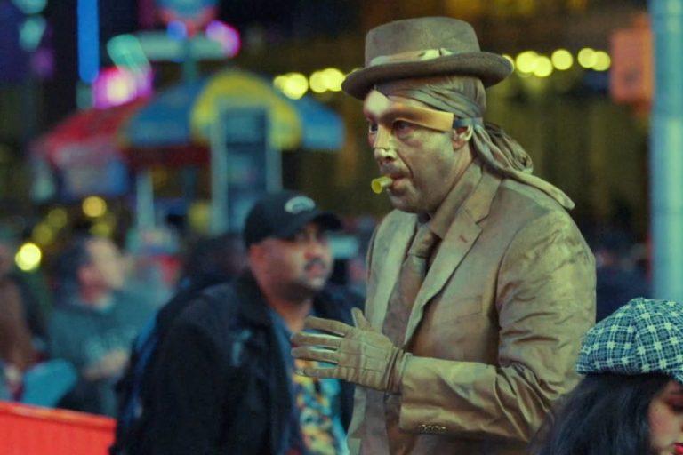 adam sandler ve safdie kardeşler ortaklığı bir kısa filmle tazelendi