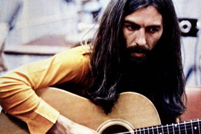 george harrison'ın while my guitar gently weeps şarkısını yazdığı kağıt açık artırmaya çıkıyor