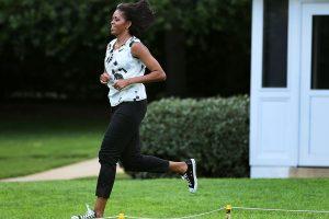 michelle obama'nın spor playlist'i ile 120 kilo basıyoruz
