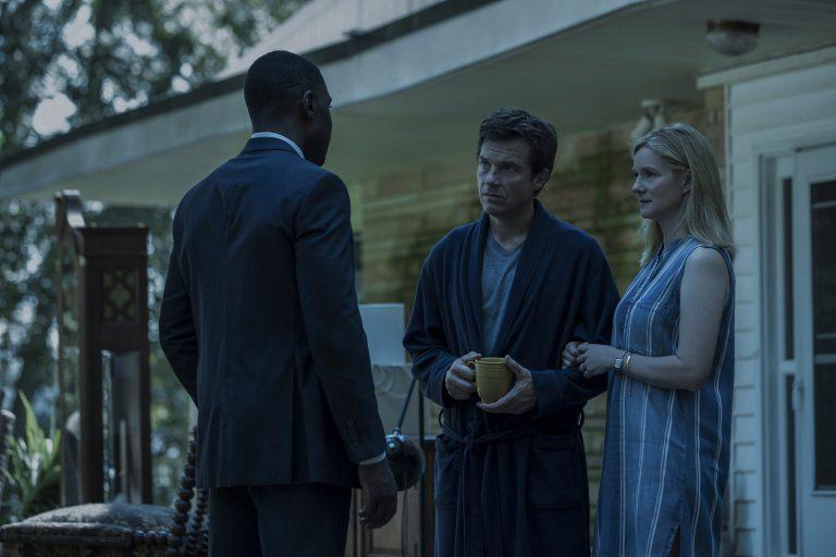 ozark'ın üçüncü sezon yayın tarihini açıklayan bir teaser fragman paylaşıldı