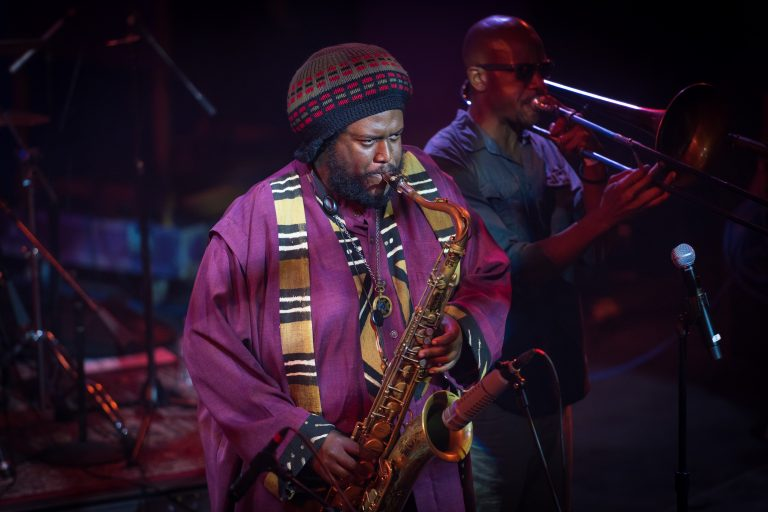 kamasi washington'dan konser filmi geliyor