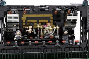 bir hayranından tool için el yapımı dev lego seti