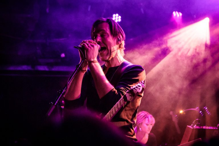 radiohead gitaristi ed o'brien'ın ilk solo albümü yayınlandı
