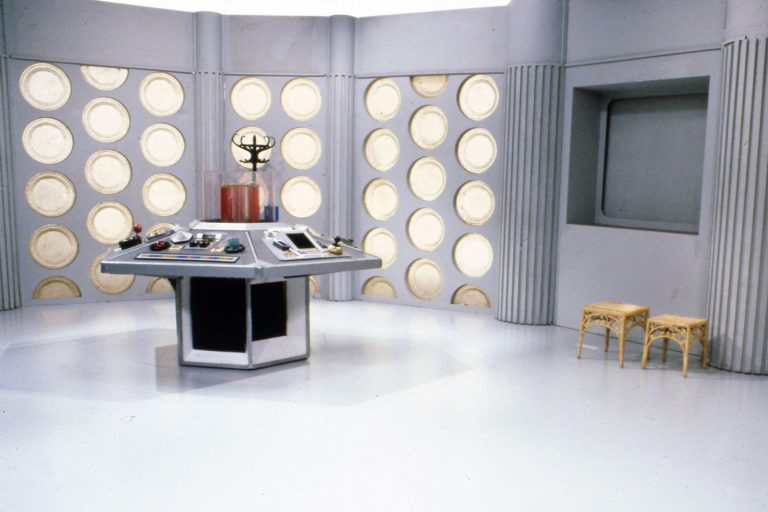 bbc, zoom toplantılarını renklendirecek özel arka planlar paylaştı