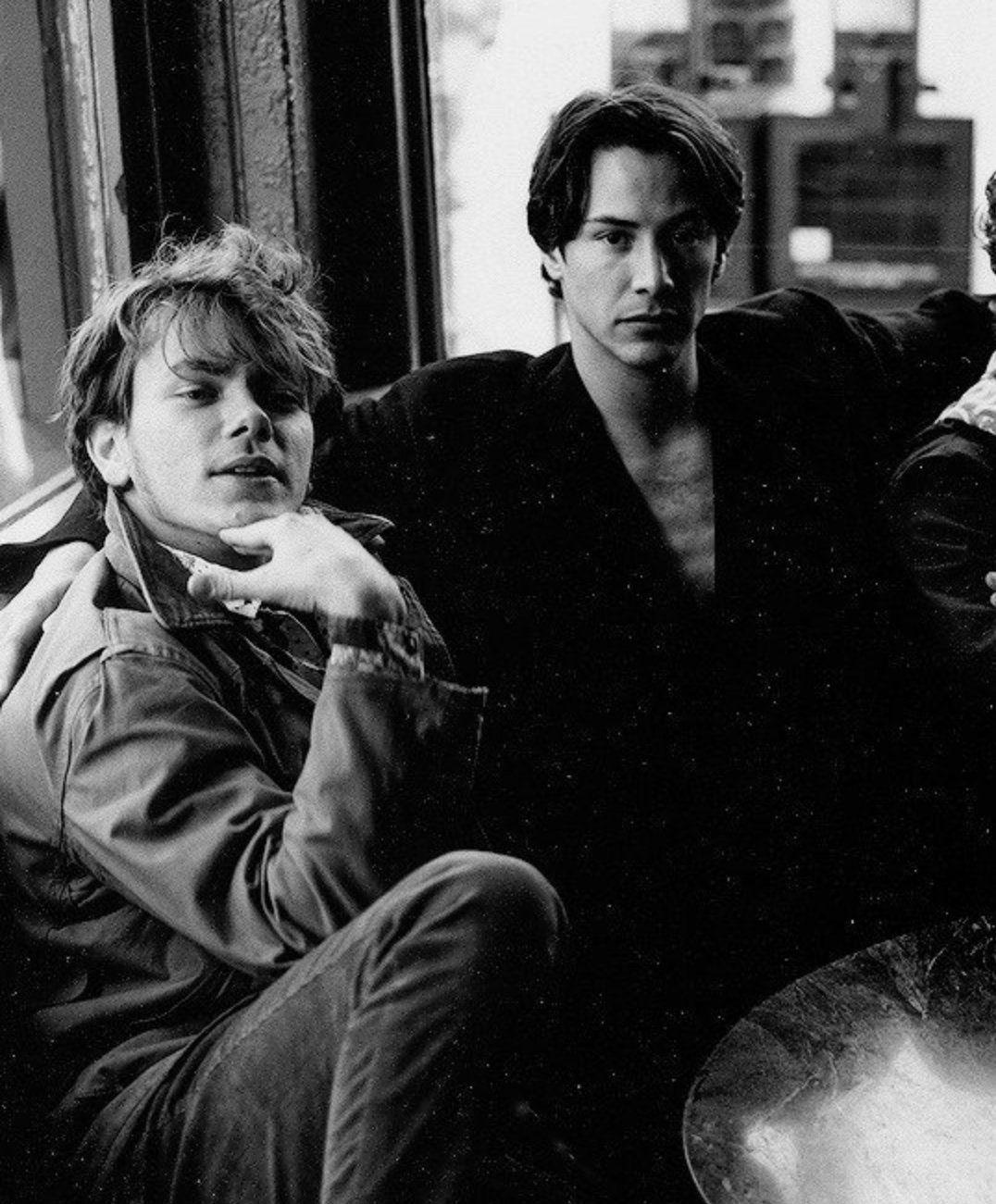 river phoenix'in grubu aleka's attic'in daha önce yayınlanmamış iki şarkısı bulundu