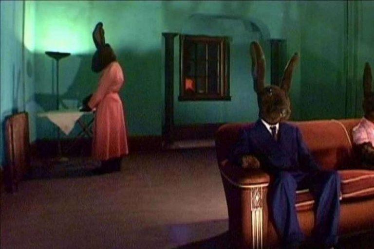 david lynch'in 2000'lerin başında çektiği dizisi rabbits'in ilk bölümü youtube'da