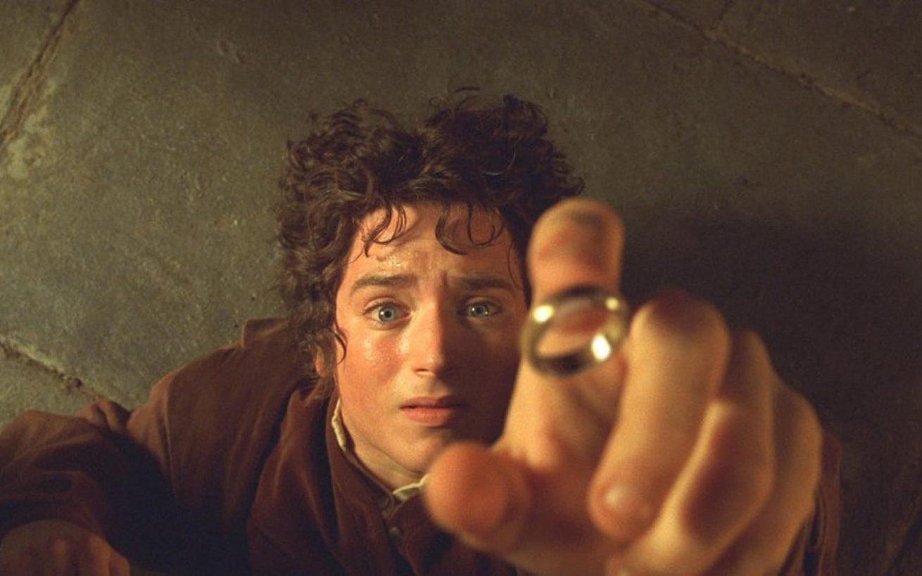 elijah wood, lord of the rings'in peşini bırakmıyor
