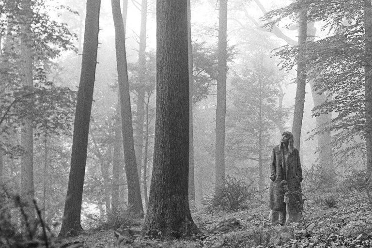 yeni taylor swift albümü folklore yayında