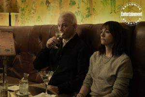 bill murray ve rashida jones'lu on the rocks'tan ilk görseller paylaşıldı