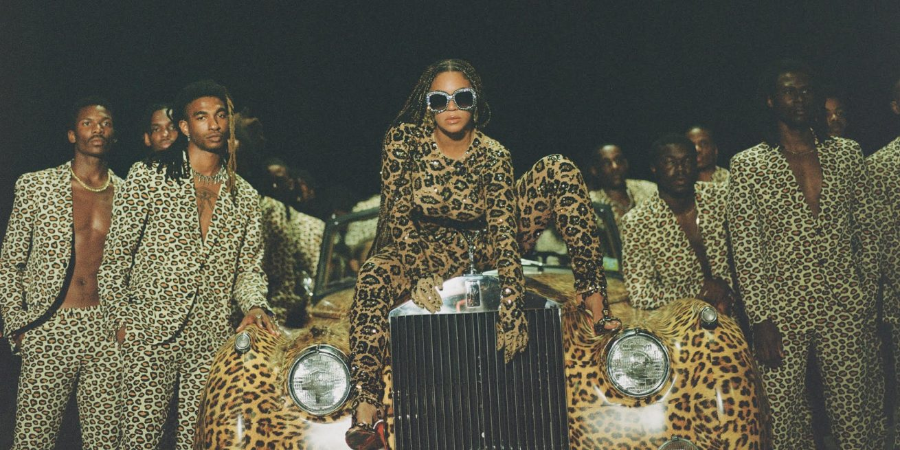 """huzurlarınızda beyoncé'nin görsel albümü: """"black is king"""""""