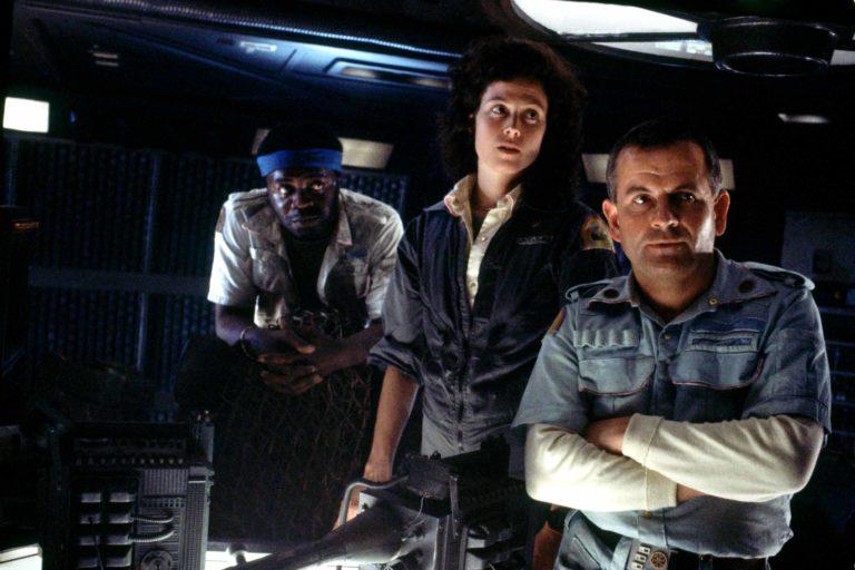 ridley scott yeni alien filminin yolda olduğunu duyurdu