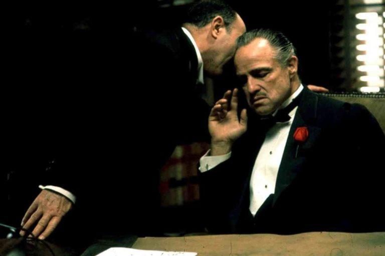 the godfather'ın yapım sürecini anlatacak filmde oscar isaac ve jake gyllenhaal başrolde