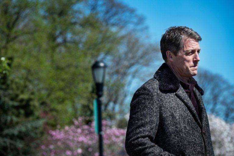 charlie brooker'ın hugh grant'li netflix mockumentary'si death to 2020'den teaser