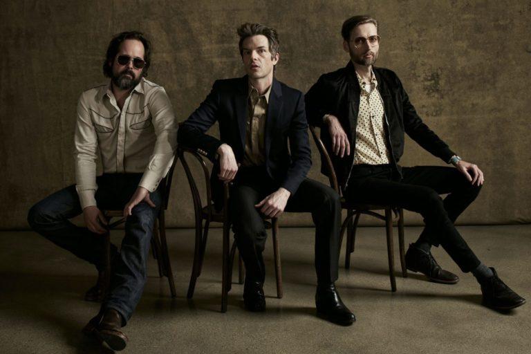 the killers, yeni albümlerinin kayıt sürecinden kısa bir video paylaştı