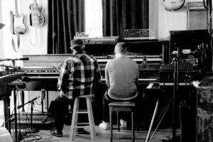 """floating points ve pharoah sanders'ın ortak albümü """"promises"""" yayında"""